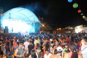SUCESSO: Carnaval da PAZ e ALEGRIA em Bom Jardim. Veja todas as Fotos.