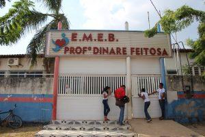 Ex-diretora da escola Dinare Feitosa é denunciada por improbidade.