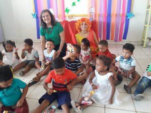 Primeira-dama prestigia festa das crianças na Escola da Vila São Bernardo.