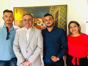 Em Brasília, Senador Roberto Rocha garante para 'Peteca' investimentos em São João do Caru