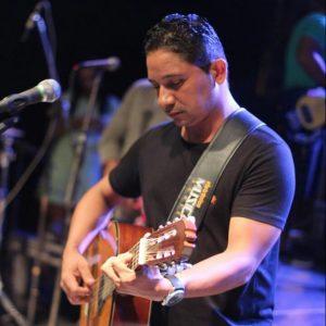 'Sinceramente, Puto' – O contraste entre as eleições e a pandemia no desabafo do músico Frahm Almeida