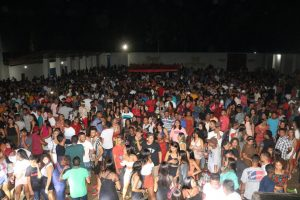 Confraternização da RP Eventos com apoio de 'Peteca' arrecada toneladas de alimentos em São João do Caru