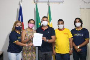 'Peteca' fecha parceria com a faculdade UNIBRAS; alunos de São João do Caru terão ônibus e descontos que chegam a 55%