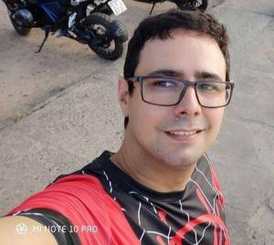 """TRAGÉDIA: Guarda Municipal """"Allan"""" morre após perder o controle da motocicleta em Bom Jardim"""