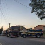 PRF flagra carregamento de mercadoria que vinha pra Bom Jardim sem nota fiscal na BR-316