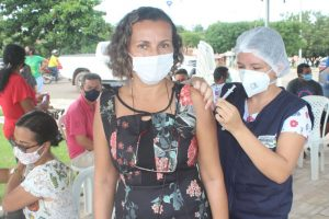 Covid-19: Bom Jardim ultrapassa 10 mil pessoas vacinadas com a primeira dose; 5 mil já tomaram as duas doses