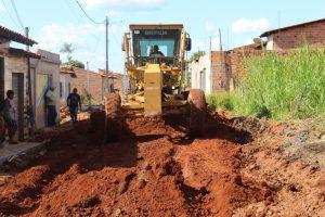 Prefeitura conclui empiçarramento da Vila Pedrosa e Santa Clara e inicia trabalhos nos bairros Joana Darck e Vila União